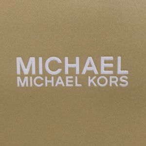 MICHAEL KORS FLEX MID PUMP